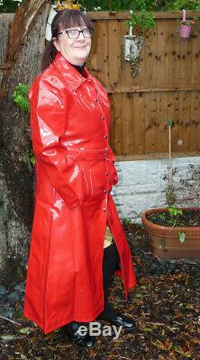 Thick squeaky pvc vinyl shiny RED raincoat 50-52 TV wet look 8 stud fastening