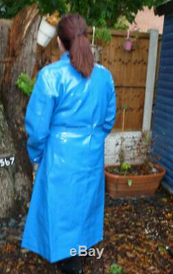 Thick squeaky pvc vinyl shiny blue raincoat 50-52 TV wet look 8 stud fastening